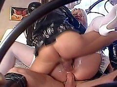 Irena tiener amateur tiener cumshots slikken dp anale