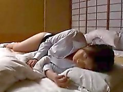 С накоплением Oriental женой с горячей ног нуждается в Intens