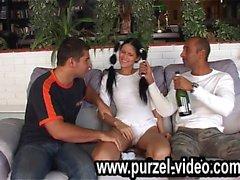Молодые девушки в покере первый gangbang groupsex purzel video compi
