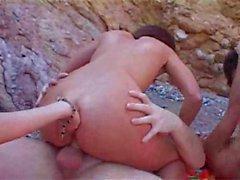orgia incrível nas rochas MMFFF