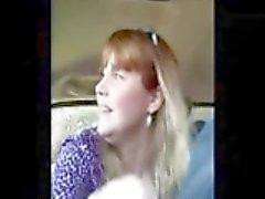 De MILF Estimulacion Con La Mano # de 6 En el automóvil , chupan Terminar !