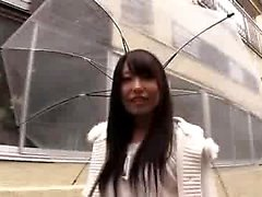 Asiatiska japanska tonårsstrumpor blowjob
