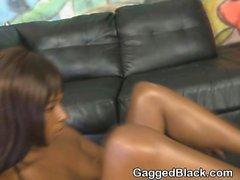 Черного Ghetto Шлюха Getting ее лица тег В сочетании Сырое
