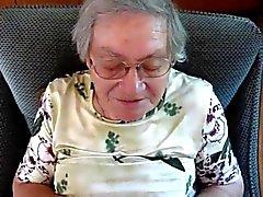 Германии Granny кончил три