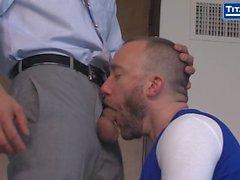 Adam Ramzi, Nick Prescott'u dahili olarak denetlemektedir!