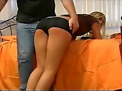 Estrella Porno americana Paige Adams palmada de anciano