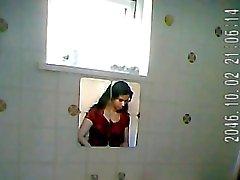 Hindistan hanım bathroom casusluk