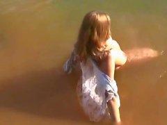 Katja - dans le lac