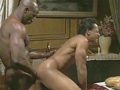 Büyük Siyah Adam meali Siyah Garson