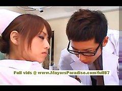 Akiho Yoshizawa Seksi Asyalı hemşiredoktor alay sahiptir