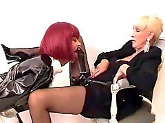 CD maid love mommy strapon