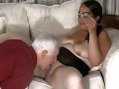 BBW mulher com mamilos perfurados ama Anal