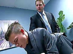 au secrétaire
