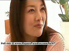 Main Uzuki syytön Busty chinese poikasen saa nännejä licked sekä suudella