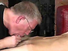 Fotografia sborrata anale ragazzo gay sedere prima volta in Sculacciate L' Schoolb