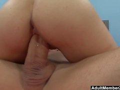Enorme Dick para rubia Babe Tegan Summers