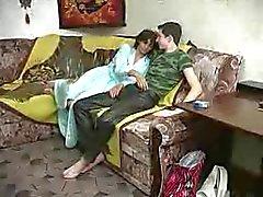 Мама и Юноша