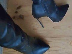 Lady Amélia nas botas - saf