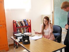 Nina Skye: maître d'école Son principal Seduces de Stepdad