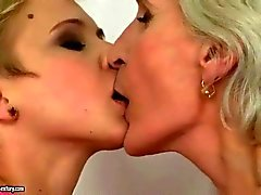Mature boss loves her young secretaries pussy