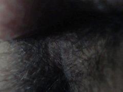 Orgaaninen supistuminen anaali reiästä (lähikuva)