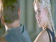 Scarlett Johansson nackte Wassertreten ihr Körper verschleiert