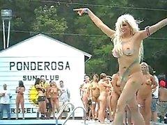 Gruppo del ragazze nude di Ponderosa 2,012 mila