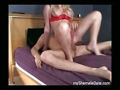 Amateur sex with shemale