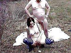 Amateur Duitse porno met pissing buiten Acheron