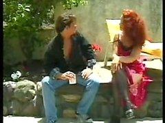 MOM SEXY N113 ruivo cabeludo madura com um homem yong