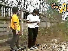 Thai Jungs Geniessen Sie ein bisschen Analsex Massage