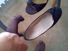 Strumpfhosen Cum In Girlfriends Schuh Bevor Sie Blätter Für Arbeit