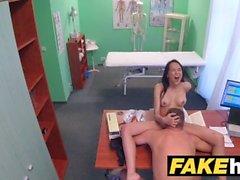 Fake Hospital Médicos dick grosso alonga lábios de gatinho portugueses quentes