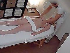 Czech Massaggio agli oli e Fanculo