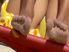 Voyeurs pieds sexy de à la plage de