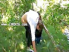Onze eerste erotica in het bos
