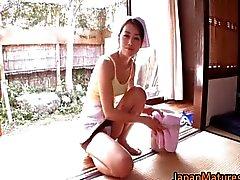 Geiler japanese reif Unmündigen Saugen