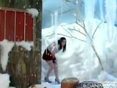 Erica Campbell - Snow Lap Dance