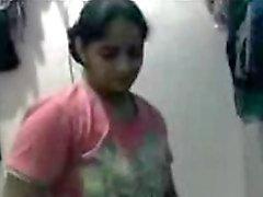 Domicile Desi de écoles des de fille a fait l'amusement avec son SMM entre cousins - à faible qaulity
