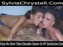 Shy Pigtail Cumslut Adolescente-Milf Irmãs Double Blowjob Sylvia Chrystall POV.