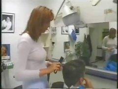 Having a hiukset leikataan ja piippu- seksi