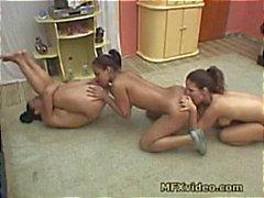 Brasilianischen Lesbian Ass Lickers 3.
