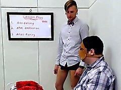 Horny девушка принес на анальном убежище в течение жестокой лечение