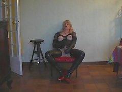 Diana Shemale Masturbate uno