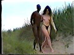 Inter racial sobre o Beach.AVI