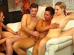 Young hunks get off in bisexual orgy