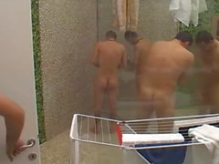 BB 4 Slovenia Adnan Klemen Filip Shower voyeur ducha reality