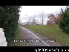 Las novias - Recojo chica hetero