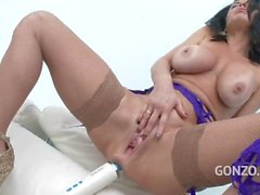 Veronica Avluv Likes Rough and Hard