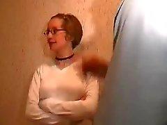 bespioneren blonde buurvrouw